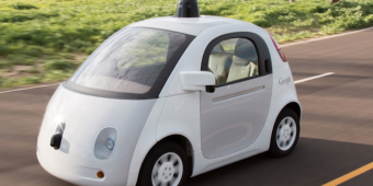 google-car-autonome-vert-green-robot